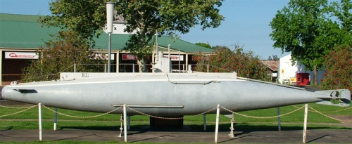 Model of B11 in Holbrook, NSW. Source: http://en.wikipedia.org/wiki/Norman_Douglas_Holbrook#mediaviewer/File:ModelB11Submarine2.jpg